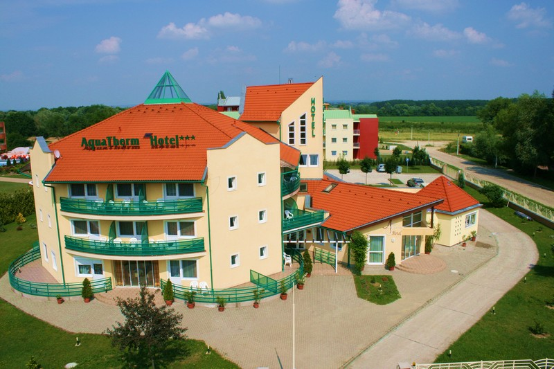 hotel front2 Aquatherm Hotel *** aktualis hirek